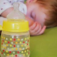 Ihr wollt Eurem Kind die nächtliche Milchflasche abgewöhnen? So hat es bei uns geklappt.