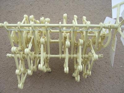 strandbeest roboô de vento