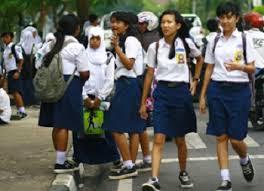 Gaya Penampilan Anak SMP