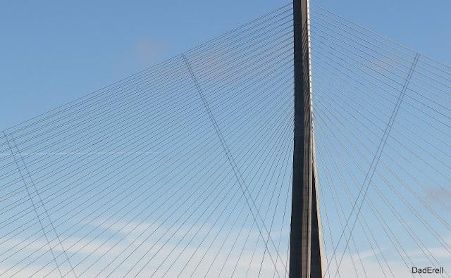 Haubans du Pont de Normandie