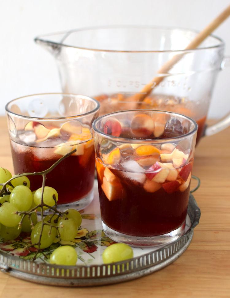 Sangría casera, una bebida fácil y refrescante