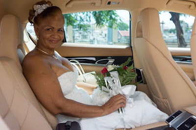 mariée dans porsche guadeloupe