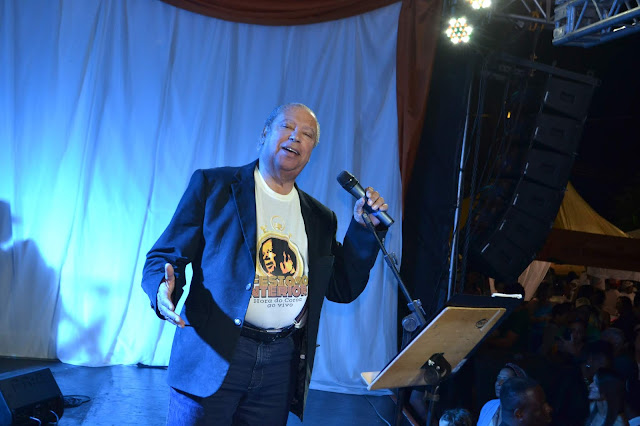 Acir Antão e Clube do Choro de BH se apresentam em show com a vida e obra de Nelson Gonçalves.
