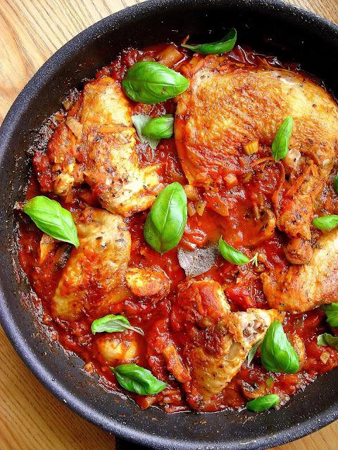 Kurczak po włosku w sosie pomidorowym / Italian Braised Chicken