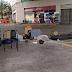 Bandidos usam caminhão de lixo para arrombar estrutura de cofre de posto de combustível