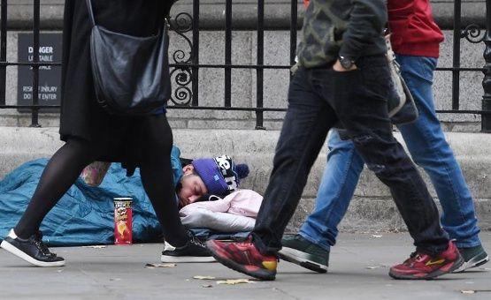 Mueren al menos 440 personas sin hogar en Reino Unido