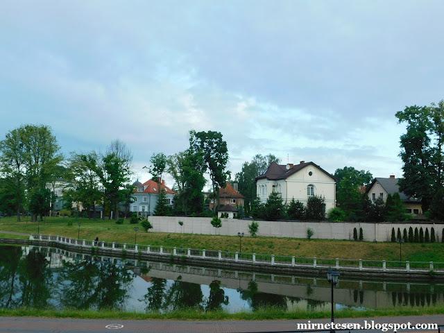Калининград - дома на берегу Верхнего озера