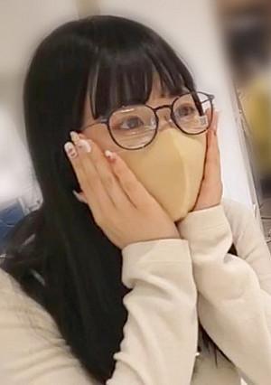 FC2 PPV 1816869 個数限定【無修正】地元でおとなしい専門学生は眼鏡を取ると淫乱だった・・・マスクを剥ぎ取って生中出し!