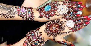 Arabic Mehndi with Kundans for Hands