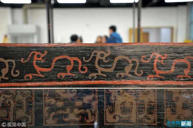 Chinese archaeologists restore 2,500-year-old 'dragon bed'