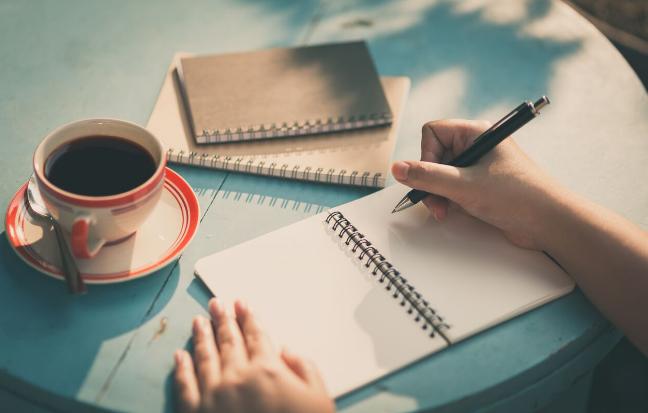 Mau Jadi Penulis Dikaseba? Di Bayar Lo