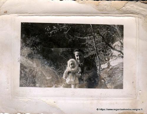 Papa en photo noir et blanc.