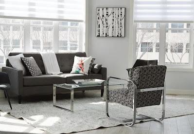 arredamento-minimalista-stile-soggiorno-luce-design