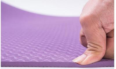 lựa chọn độ dầy của thảm tập yoga