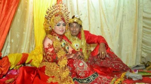 Datuk 63 Tahun Kahwini Gadis 18 Tahun
