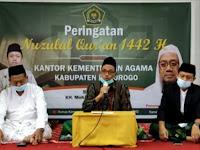 """Kantor Kemenag ponorogo peringati Nuzulul Qur'an bersama KH.Moh Sholehan Alhafidz dengan tema """"Al-Qur'an dan Spirit perdamaian"""""""