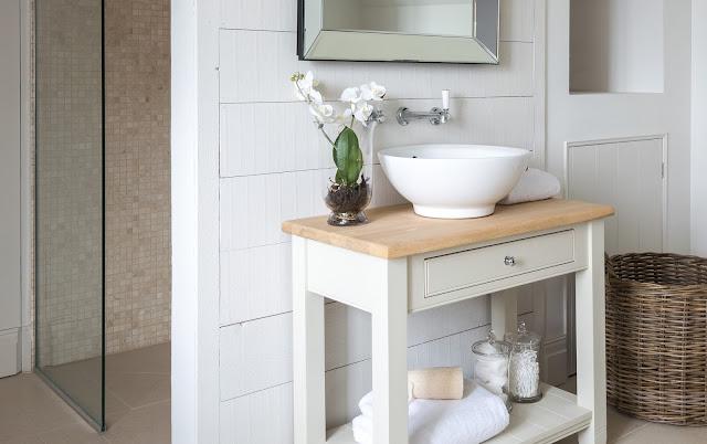 bathroom-handmade