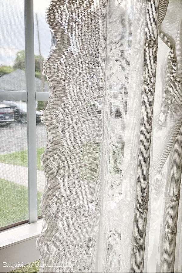 Lace Panels With Scalloped Trim