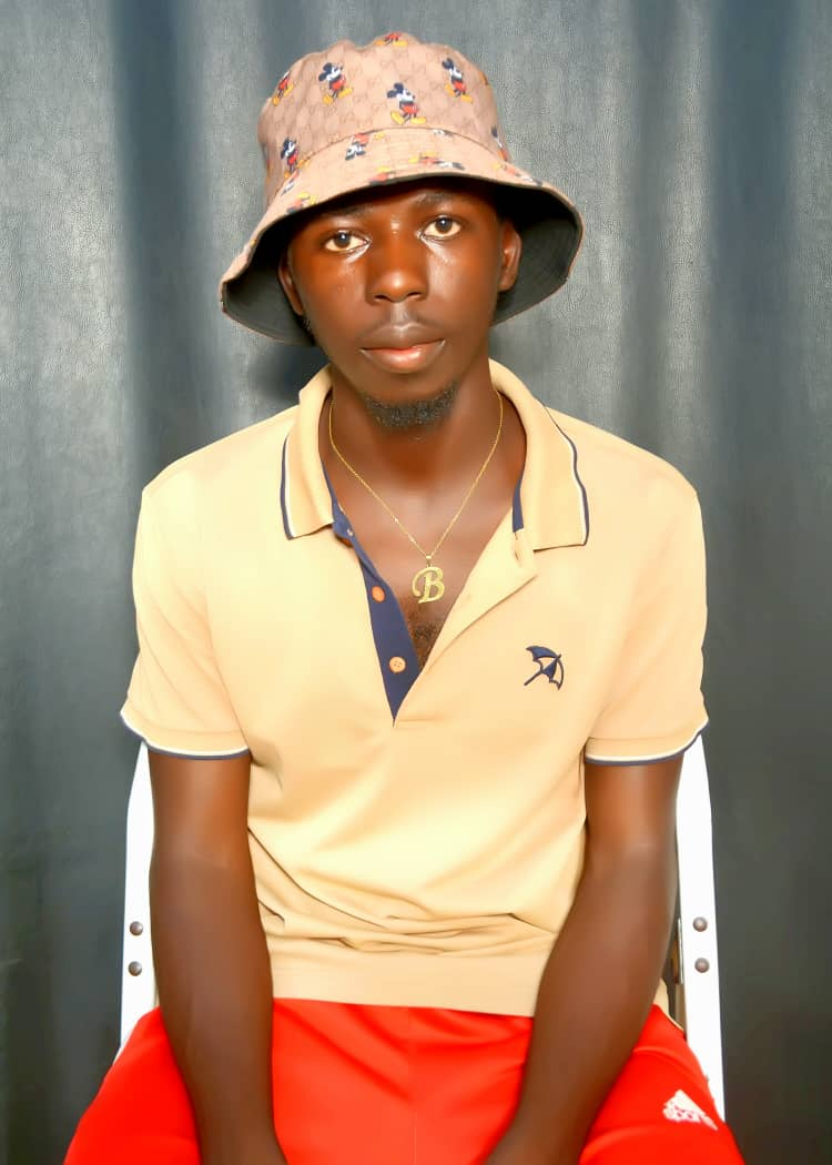 [Biography] All you should know about Logg zee A.K.A Mafoboy #Arewapublsize