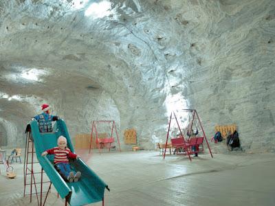 Спелеотерапия: подземные лечебницы  в соляных, сильвинитовых и карстовых пещерах, радоновых штольнях. Спелеолечебница Targu Ocna