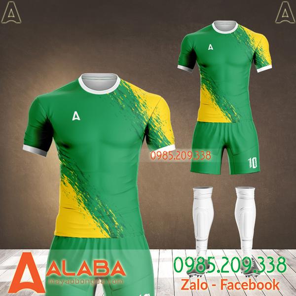 thiết kế áo bóng đá màu xanh lá
