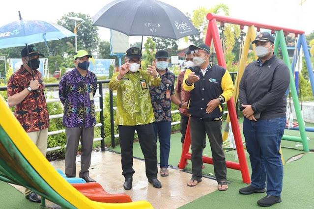 Jefridin Meninjau Lapangan RBRA di Taman Cemara Asri Kota Batam