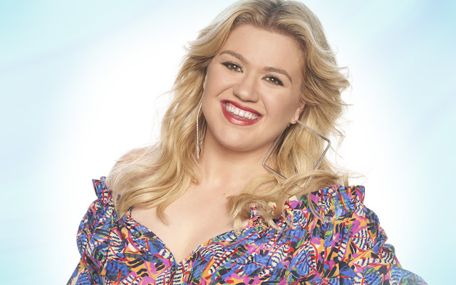Kelly Clarkson Measurements Height Weight Bra Size Age