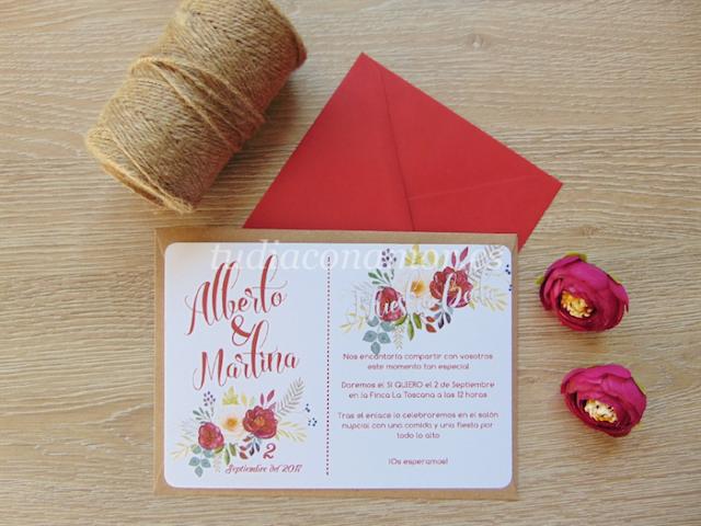 Bonitas invitaciones de boda con flores pintadas y texto estilo lettering retro