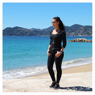 http://www.unblogdefille.fr/2019/06/look-casual-la-plage.html
