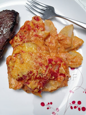 Cheese & Tomato Scalloped Potatoes