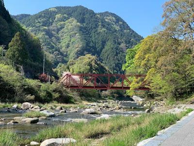 古湯温泉近くの嘉瀬川