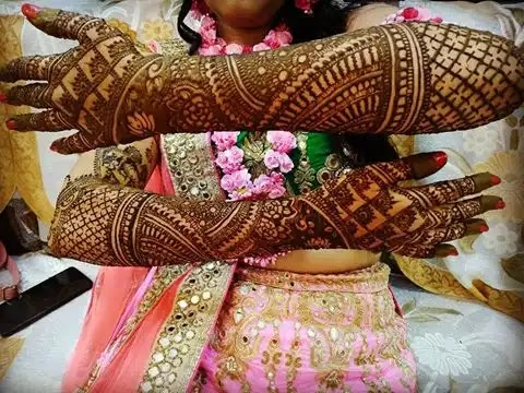 full-hand-henna-arts-for-brides