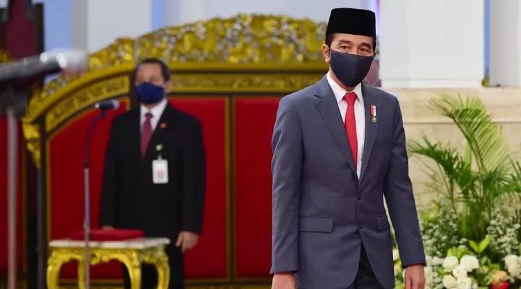Jokowi Ucapkan Hari Kenaikan Isa Almasih pada Umat Kristiani