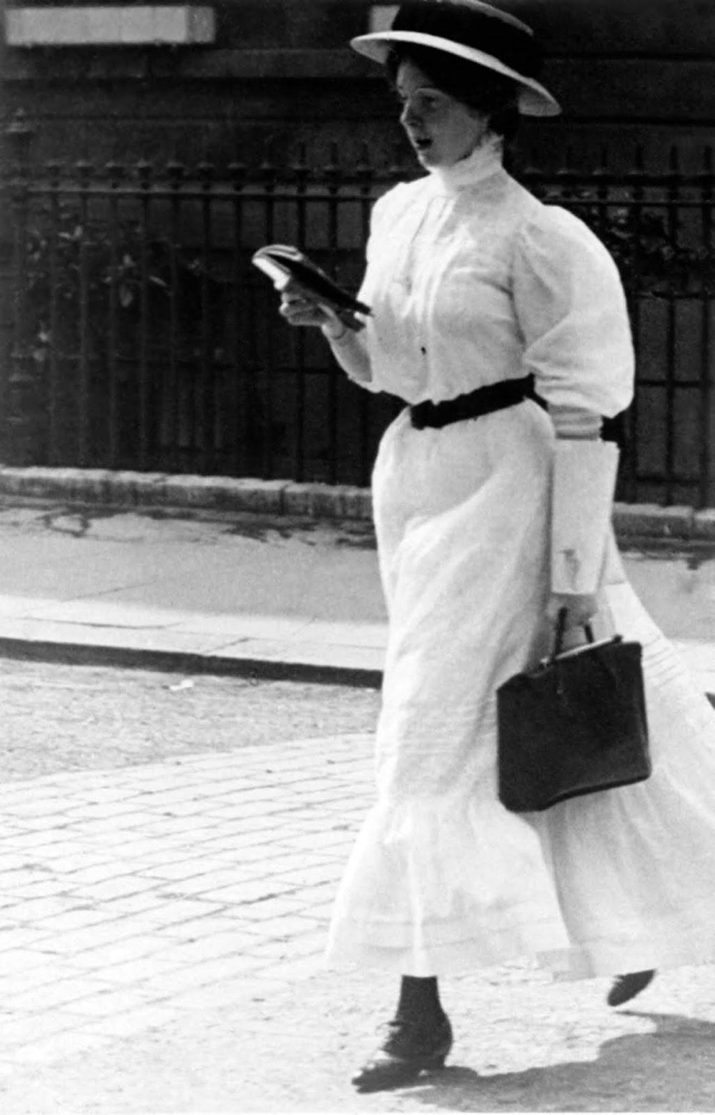 Kensington, 1908.