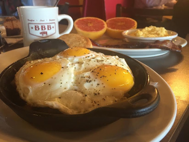 A breakfast skillet, house-cured bacon, bruléed grapefruit and a hot cup of Joe at Big Bad Breakfast
