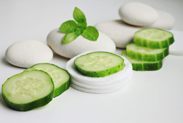 DIY Cooling Cucumber Eye Patches-www.worldofkhushi.com