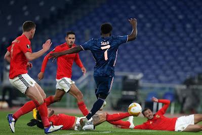 ملخص واهداف مباراة ارسنال وبنفيكا (1-1) الدوري الاوروبي