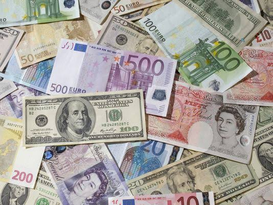Devaluation Of Naira; See Current Rate As Naira Plunges Lower In The Parallel Market