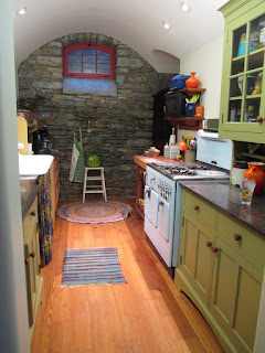Blue Chambers Model C in colorful kitchen in Cincinnati Ohio