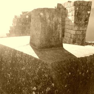 O Intihuatana, A Pedra que Prende o Sol, em Machu Picchu