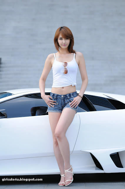 24 Kang Yui-ASUS Lamborghini VX7 Roadshow-very cute asian girl-girlcute4u.blogspot.com