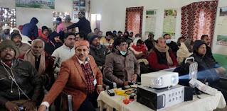 शिविर लगाकर किसानों को दी गयी मत्स्य पालन की जानकारी   #NayaSaberaNetwork