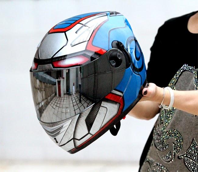2014-marc-marquez-shoei-oro-gold-1.jpg (960×720) | Helmet