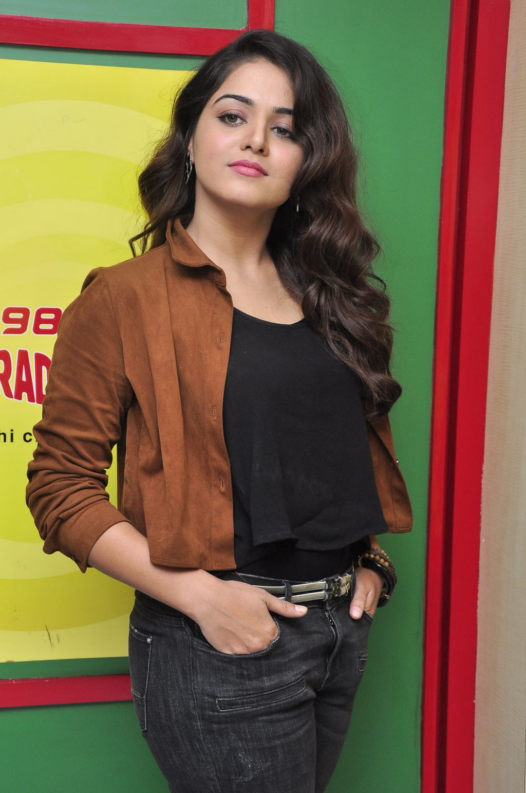 Glamours Tollywood Actress Wamiqa Gabbi Hot Photos In Black Jeans Top