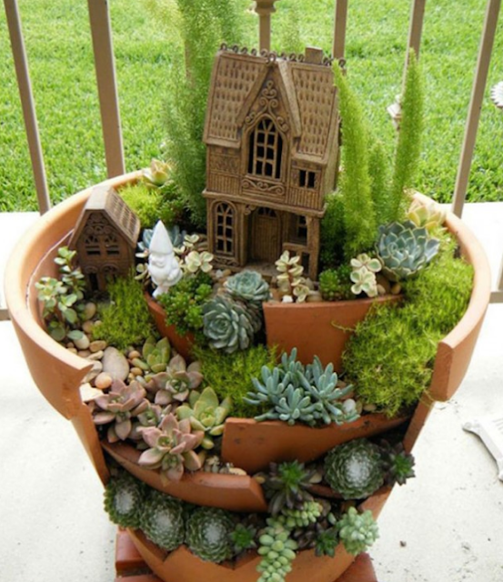 TURN YOUR GARDEN INTO A MAGICAL PLACE WITH THIS DREAMY FAIRY COTTAGES