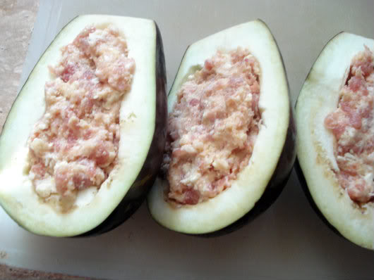 eggplants stuffed with sausage and cheese mixture