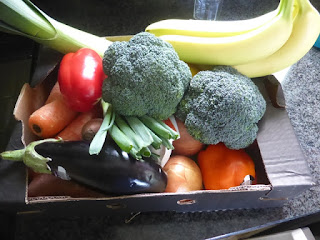 vegetables in a cardboard box #plasticfree