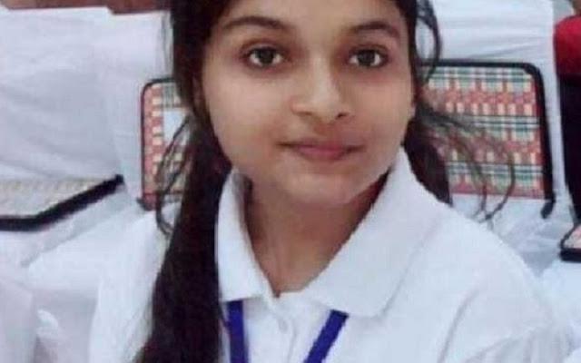 ஒருநாள் முதல்வராக உத்தராகண்ட மாநிலத்தில் 19 வயது மாணவி!