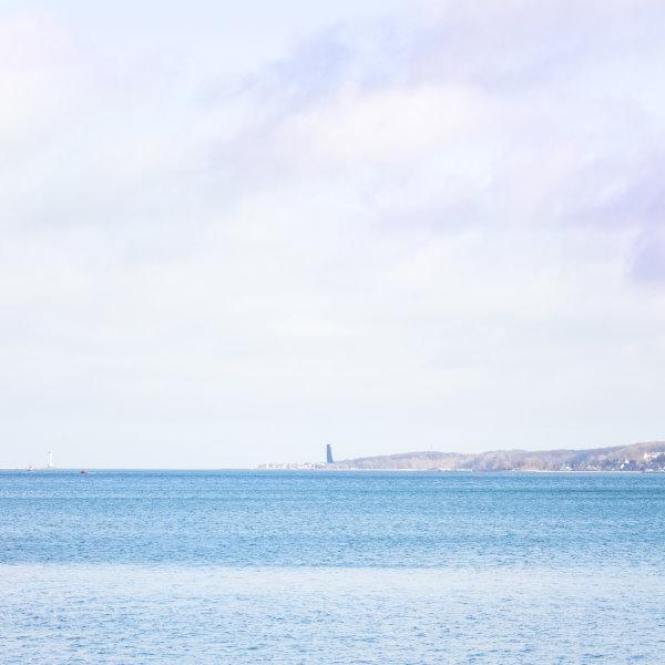 Hindenbrugufer Kiel - Blick auf Laboe