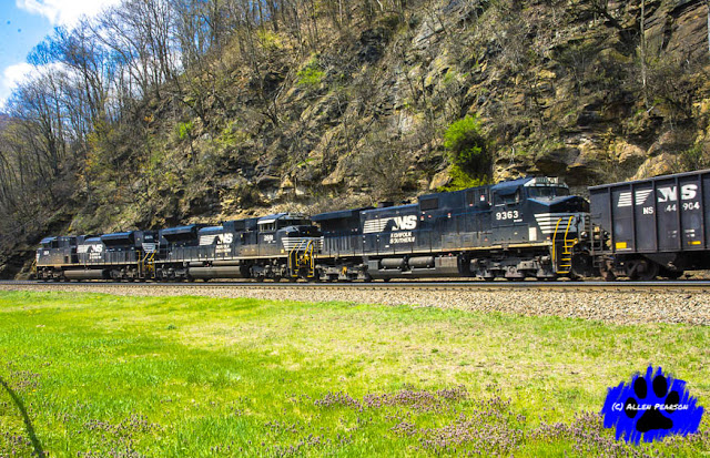 NS Locomotives at Horseshoe Curve, Altoona, PA